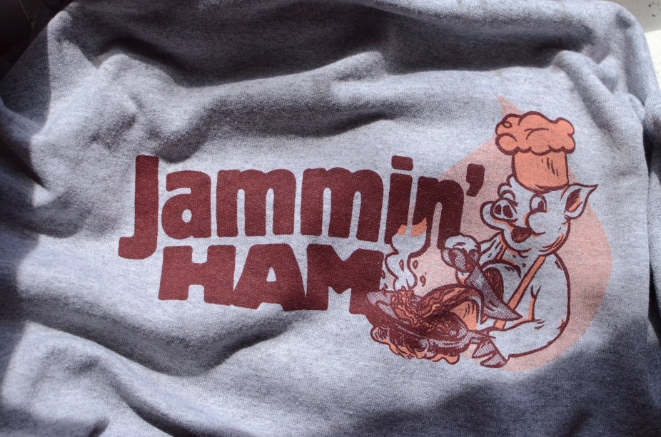 2-Color Discharge Print for Jammin' Ham Bacon Jam out of Vermont. Art by Keith Chamberlain, converted to 2 colors by me.